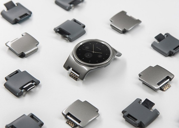 Blocks-modular-smartwatch_Blocks-Wearables_dezeen_1568_0